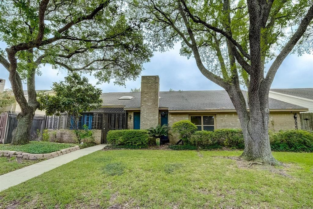 7923 Candle Lane, Houston, TX 77071 - Houston, TX real estate listing