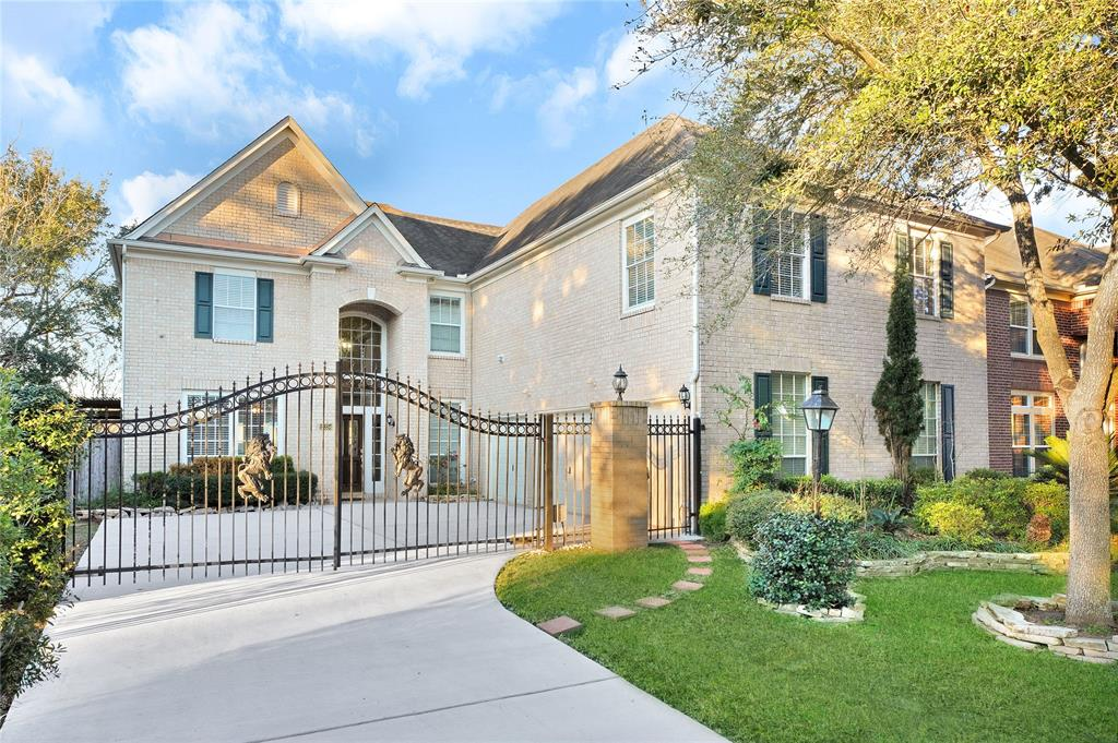 12334 Shadow Island Drive Property Photo - Houston, TX real estate listing