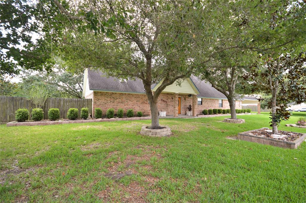 2707 Grissom Road Property Photo - Webster, TX real estate listing
