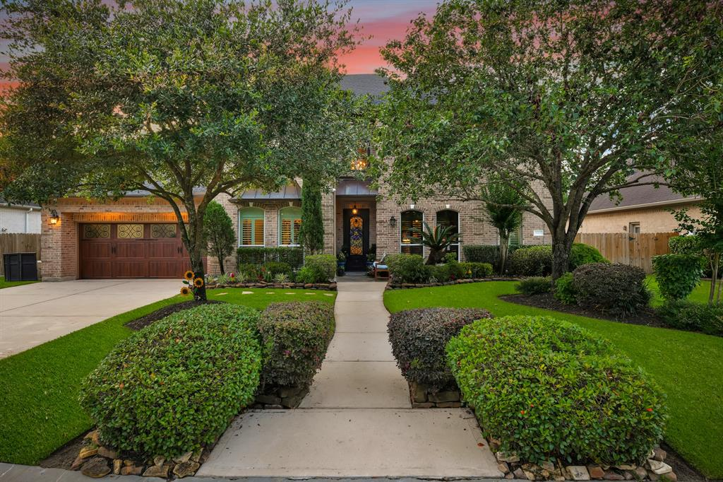 19207 Clear Sky Drive Property Photo - Kingwood, TX real estate listing