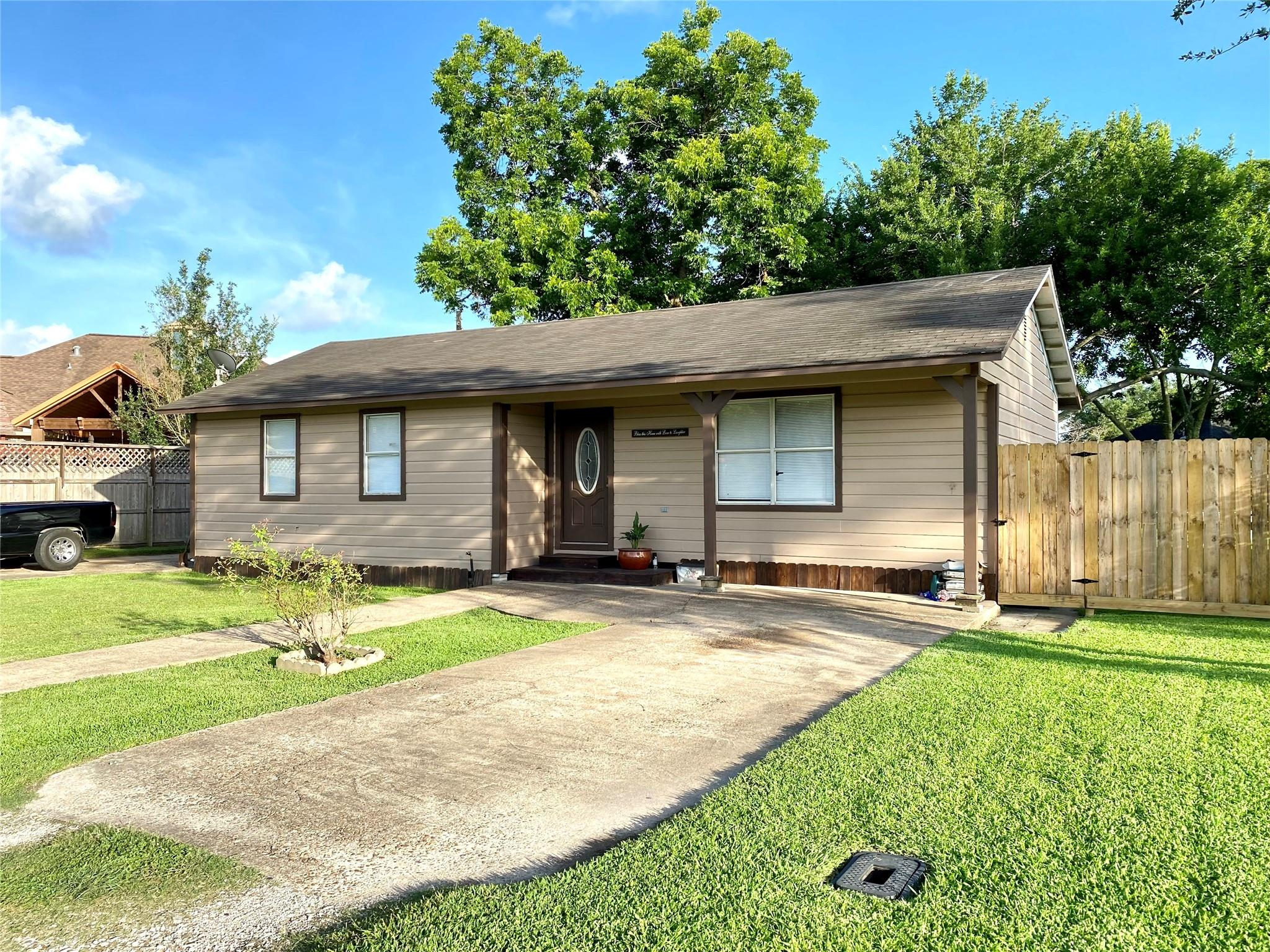 9326 Montgomery Lane Property Photo 1