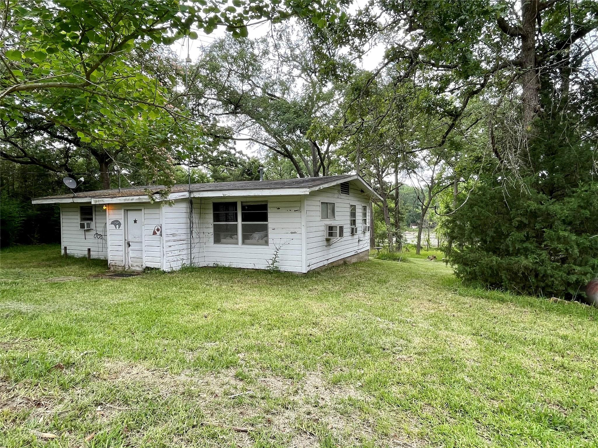 11272 Clyde Acord Road Property Photo