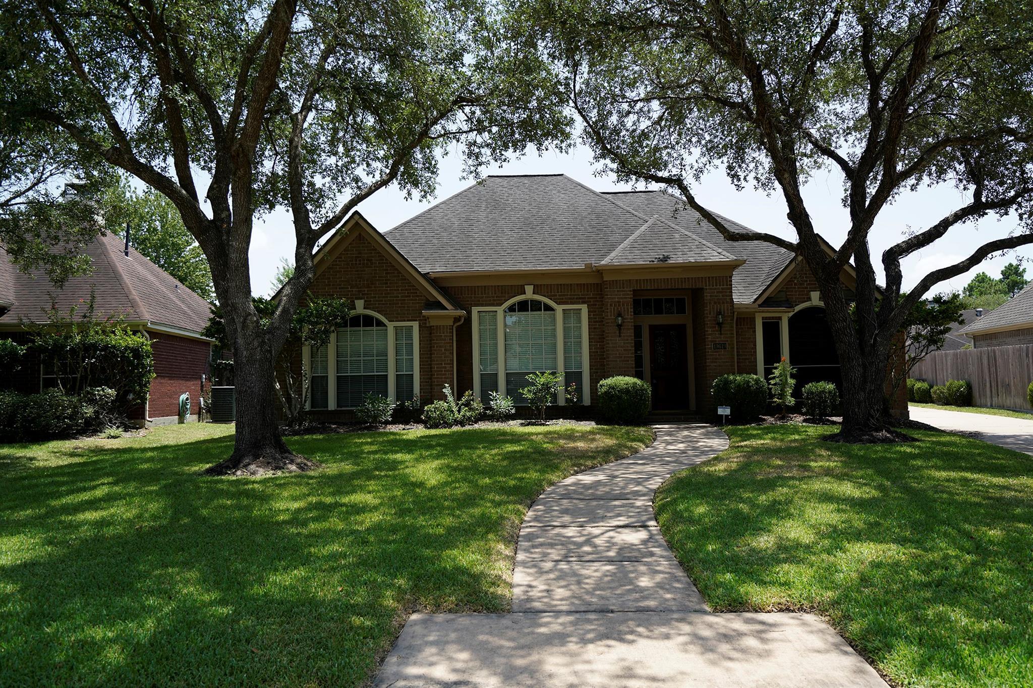 19619 Remington Crest Court Property Photo - Houston, TX real estate listing