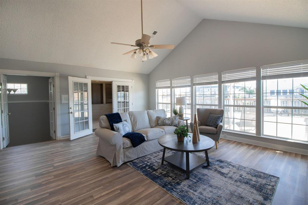 16609 Pelican Road, Jamaica Beach, TX 77554 - Jamaica Beach, TX real estate listing