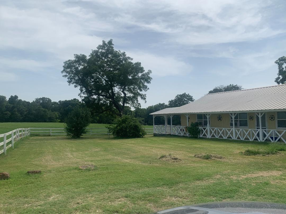 4081 Fred Hall Pvt Road Property Photo