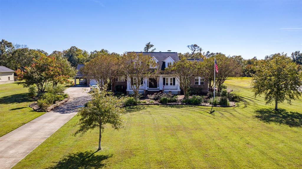 9014 North Point Drive, Beach City, TX 77523 - Beach City, TX real estate listing