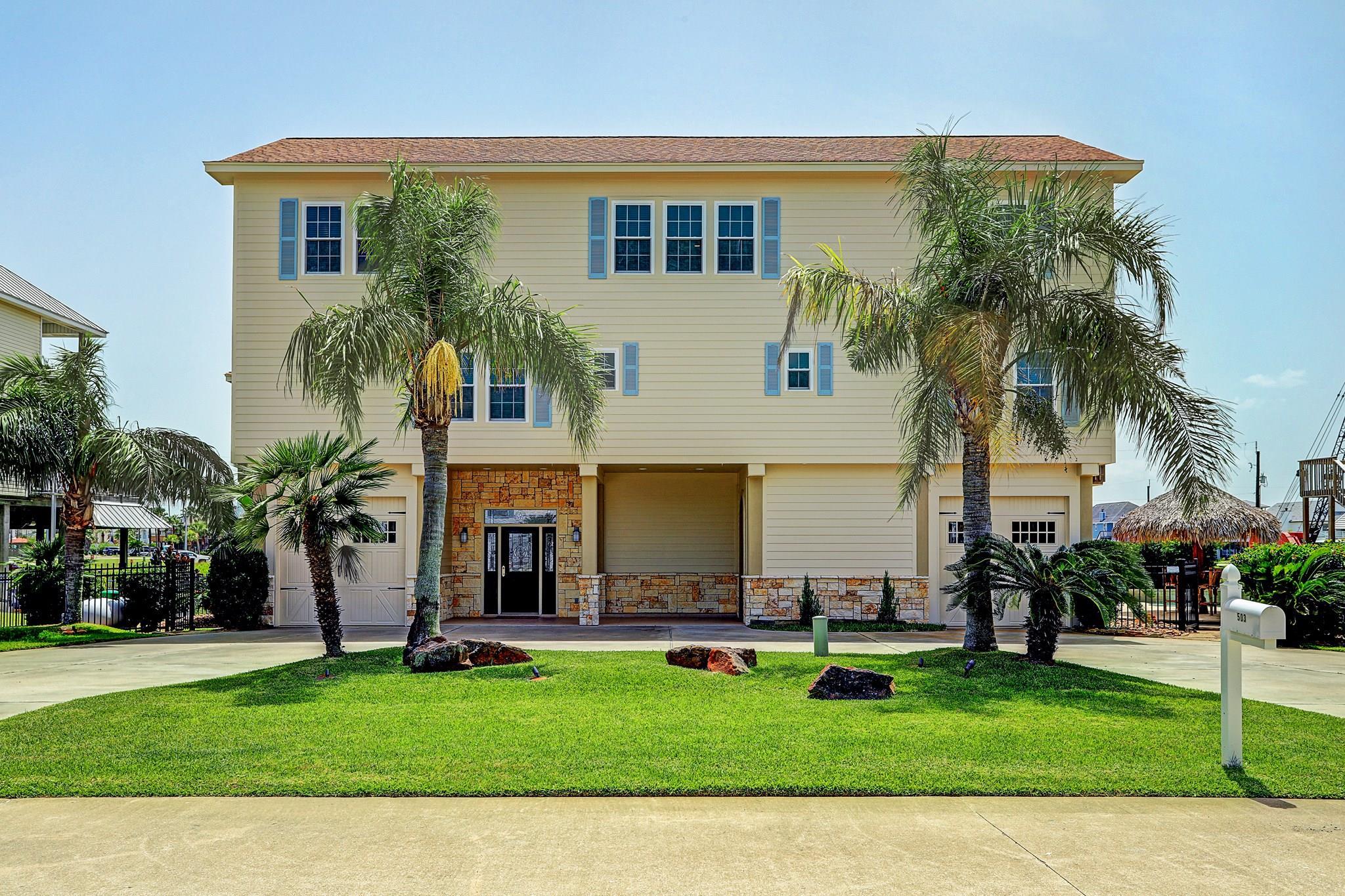 503 Westerly Drive Property Photo - Tiki Island, TX real estate listing