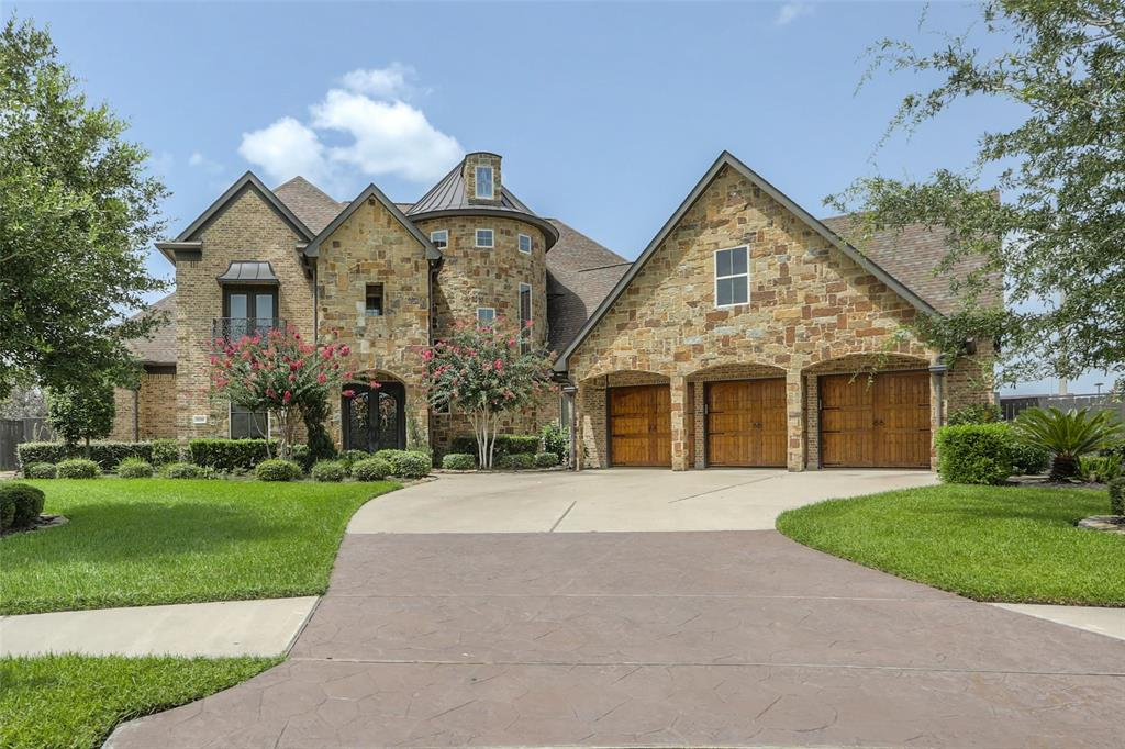 1709 Hunters Cove, Friendswood, TX 77546 - Friendswood, TX real estate listing