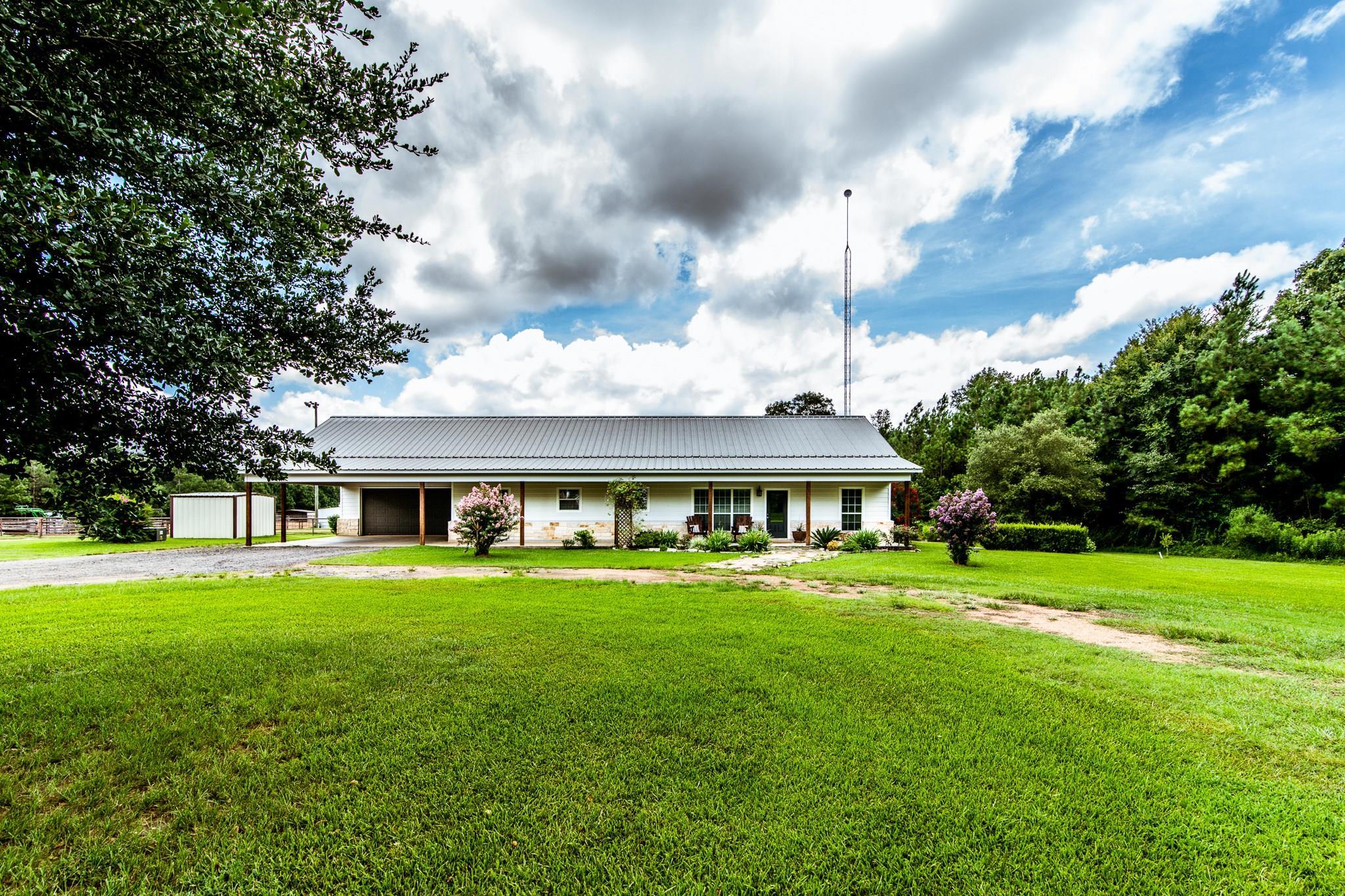 62 Vela Road Property Photo - New Waverly, TX real estate listing