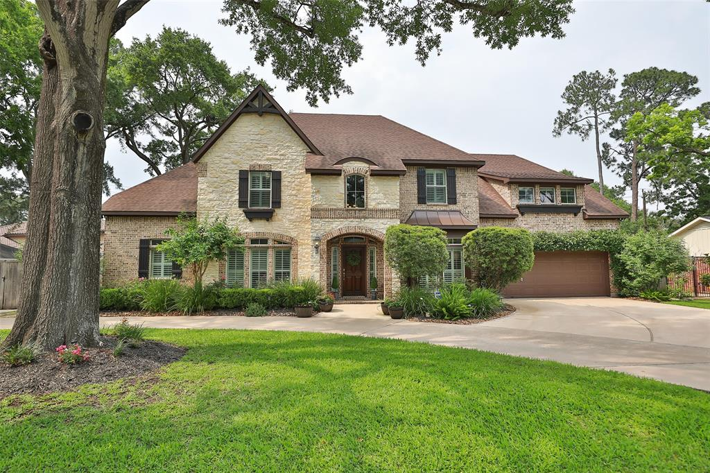 11722 Spriggs Way Property Photo - Hedwig Village, TX real estate listing