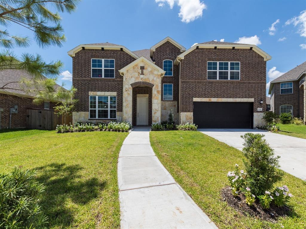 2206 Whispering Manor Lane, Pearland, TX 77089 - Pearland, TX real estate listing