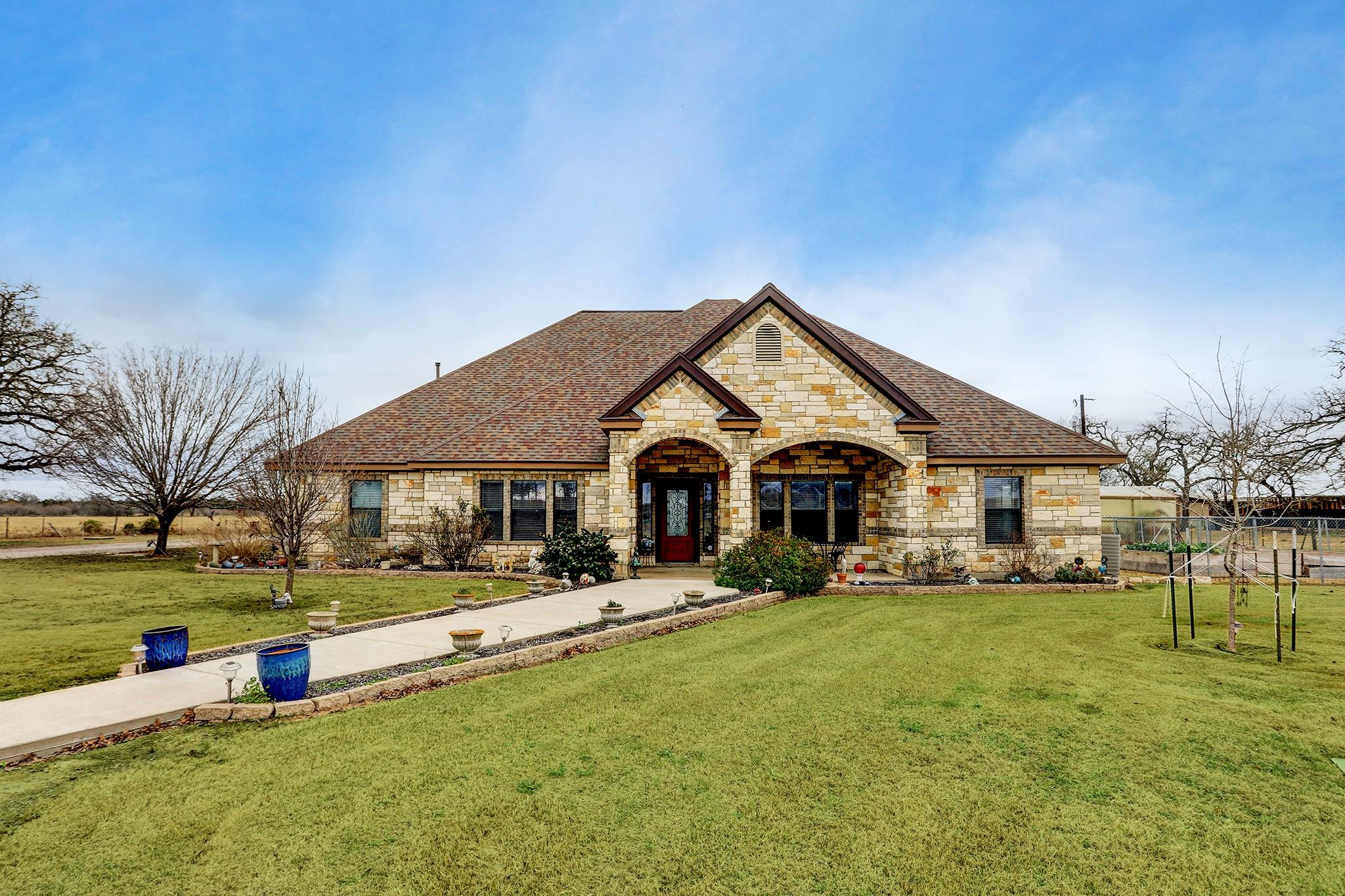 2186 County Road 113 Property Photo - Giddings, TX real estate listing