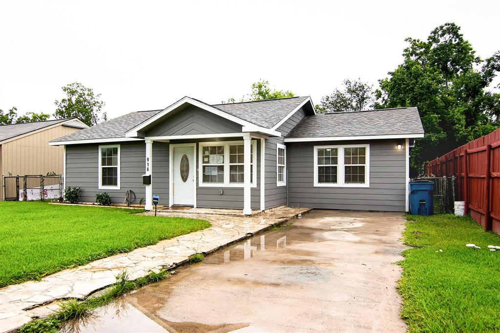 916 Longley Street Property Photo - South Houston, TX real estate listing