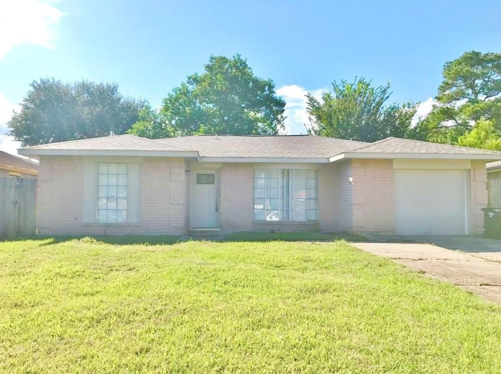 815 Deercrest Street Property Photo - Channelview, TX real estate listing