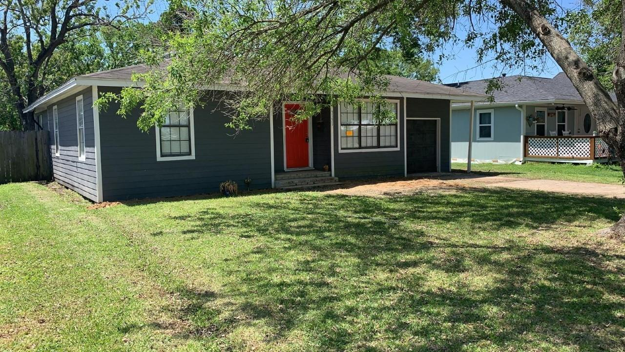 3131 Hickory Avenue Property Photo - Groves, TX real estate listing