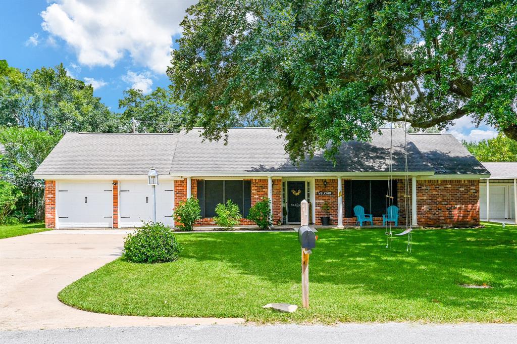 434 Baywood Street Property Photo - Shoreacres, TX real estate listing