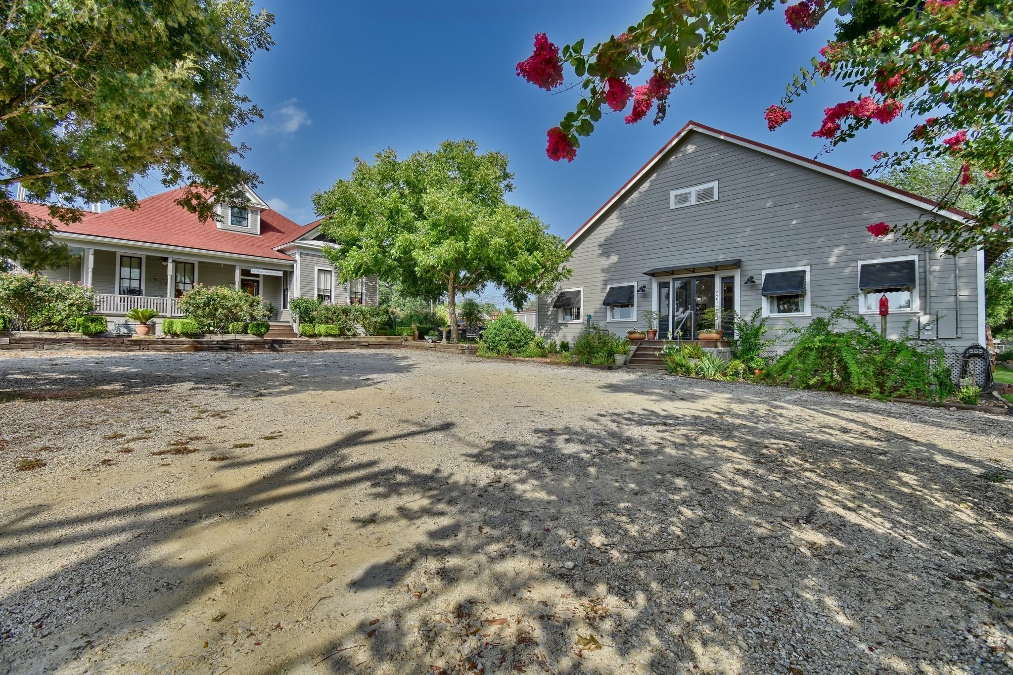 12401 E Washington Street Property Photo - Burton, TX real estate listing