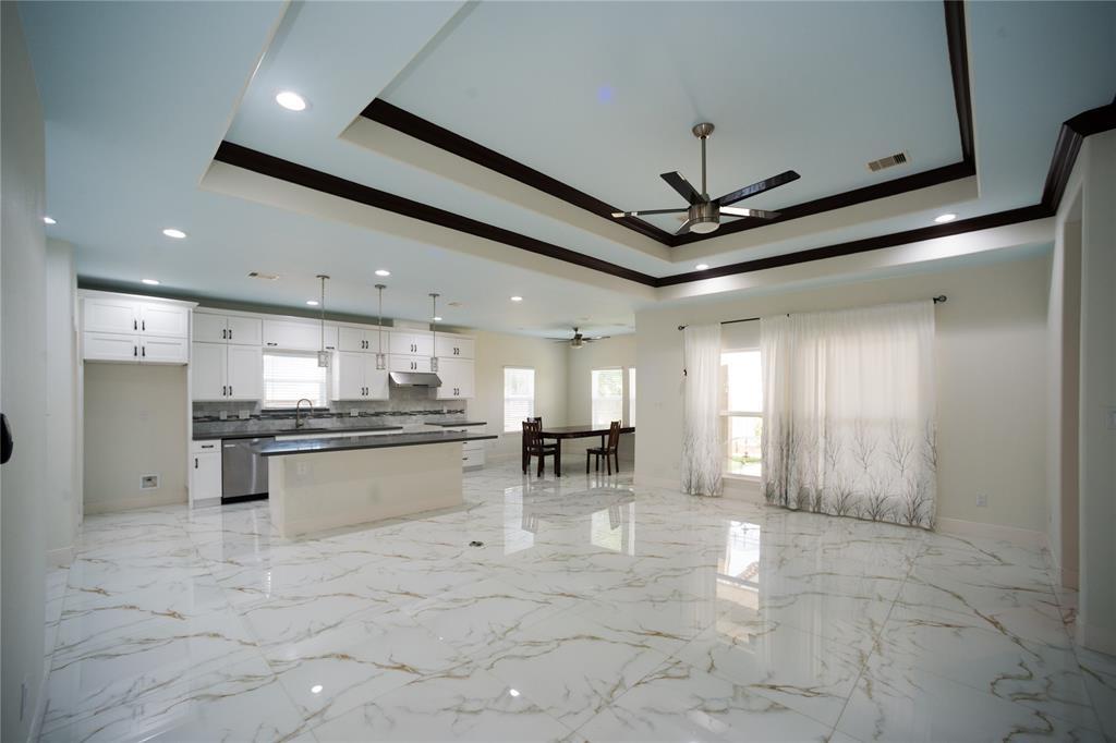 5510 Teakwood Drive, Galveston, TX 77551 - Galveston, TX real estate listing