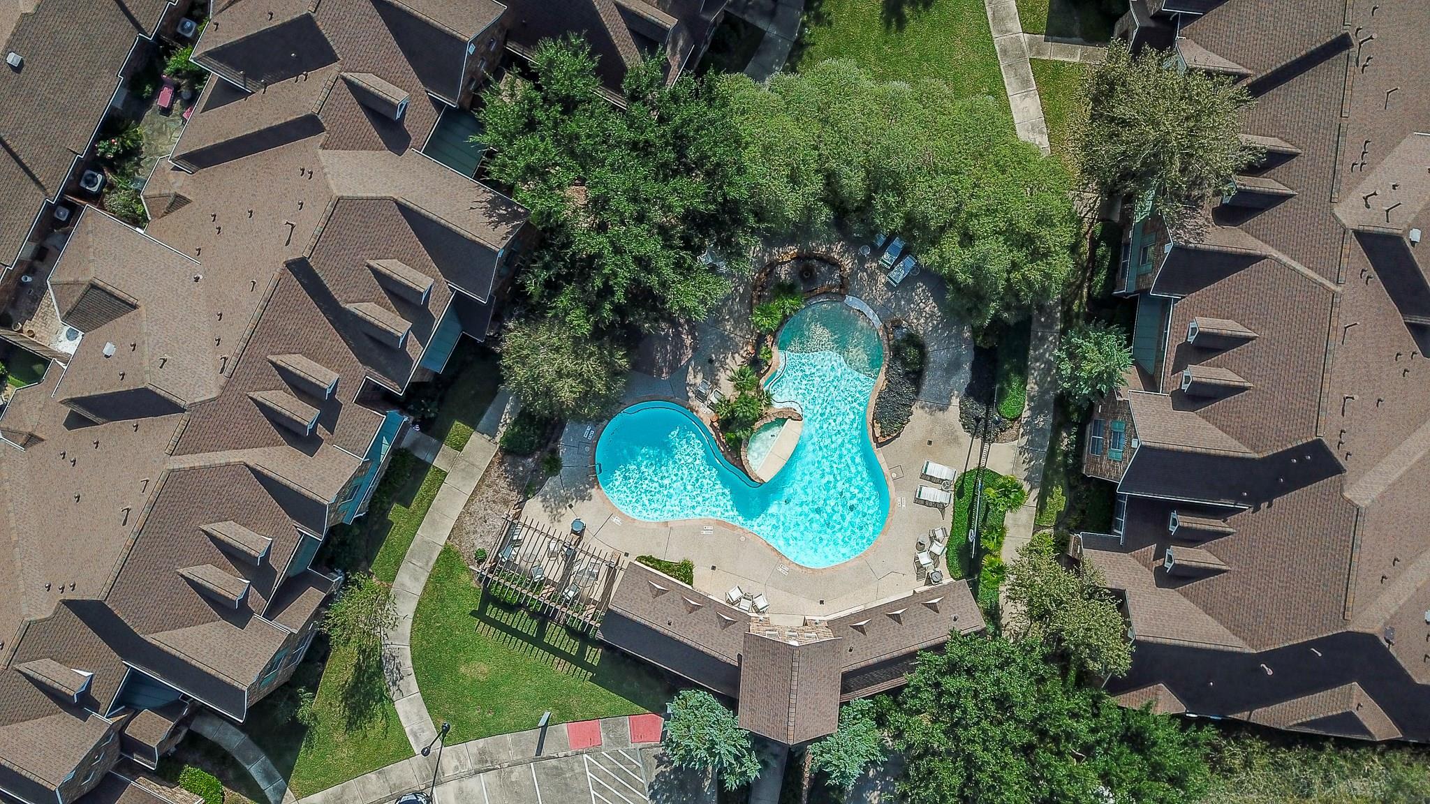 207 Iris Park Court Property Photo - Houston, TX real estate listing