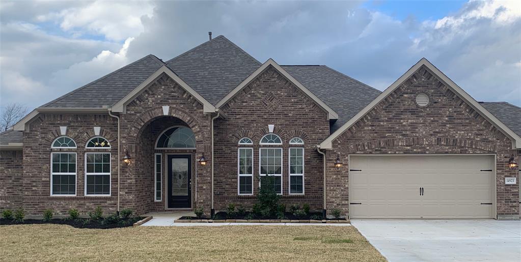 7610 Oso Lane, Mont Belvieu, TX 77523 - Mont Belvieu, TX real estate listing
