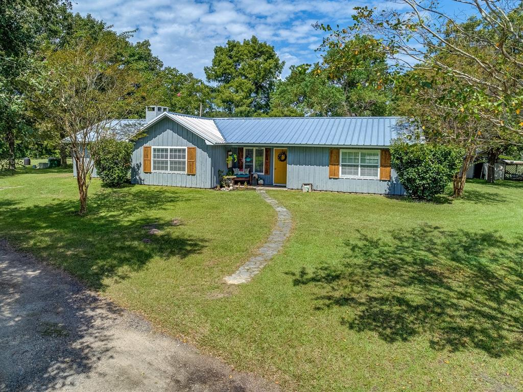 309 Yupon Acres Road, Huntington, TX 75949 - Huntington, TX real estate listing