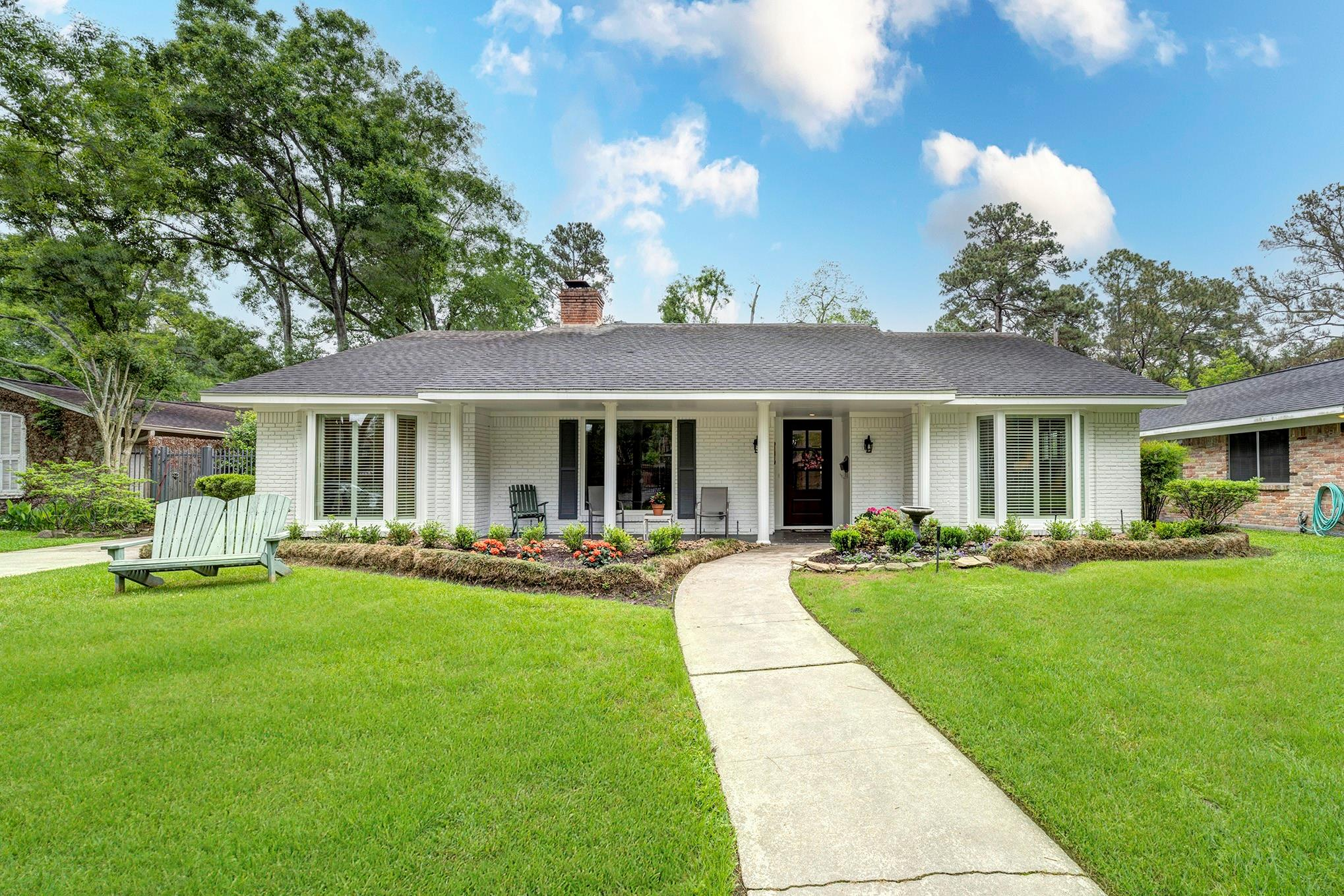 10006 Cedar Creek Drive Property Photo 1