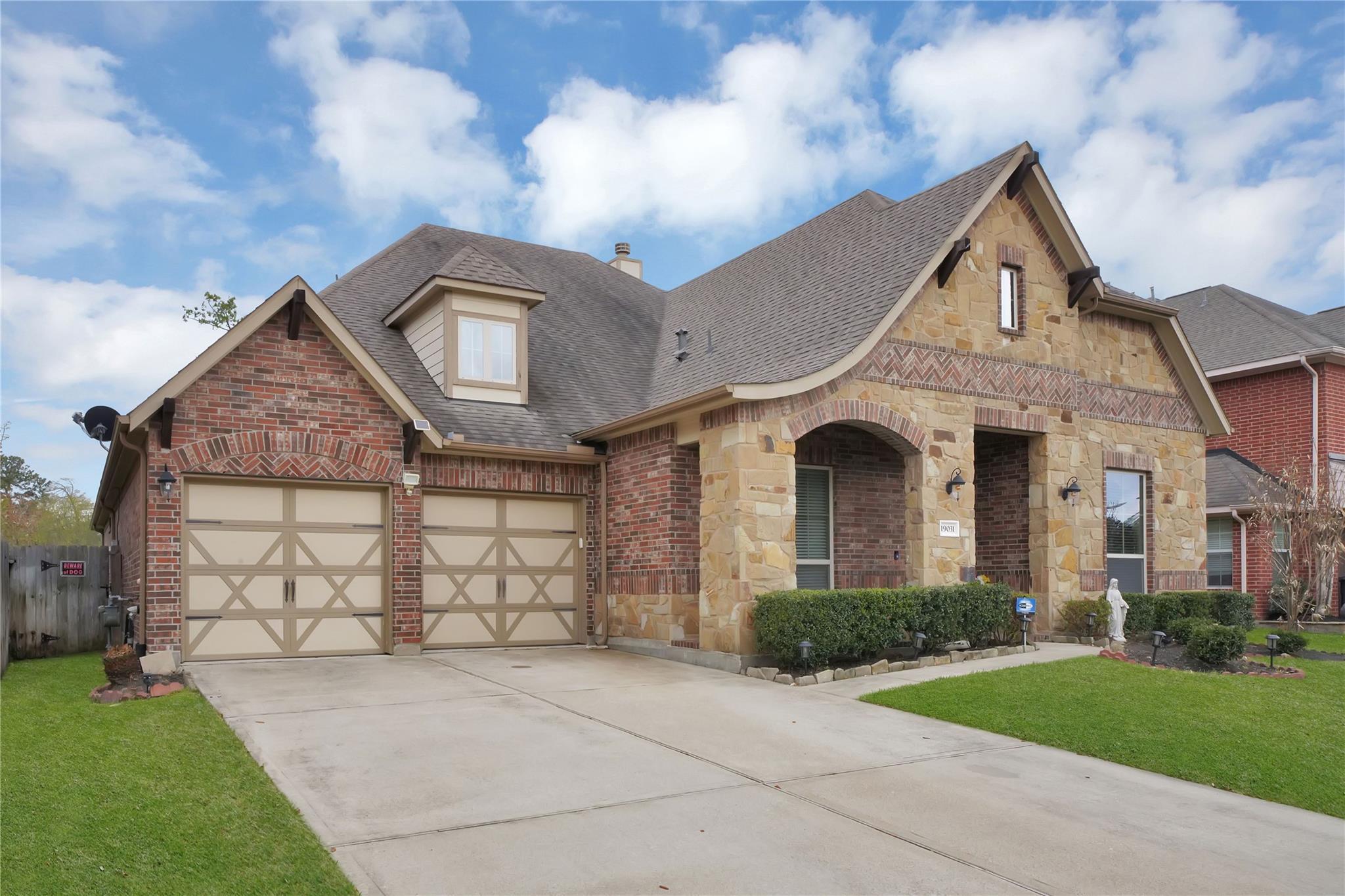 19031 Panther Peak Property Photo - Spring, TX real estate listing