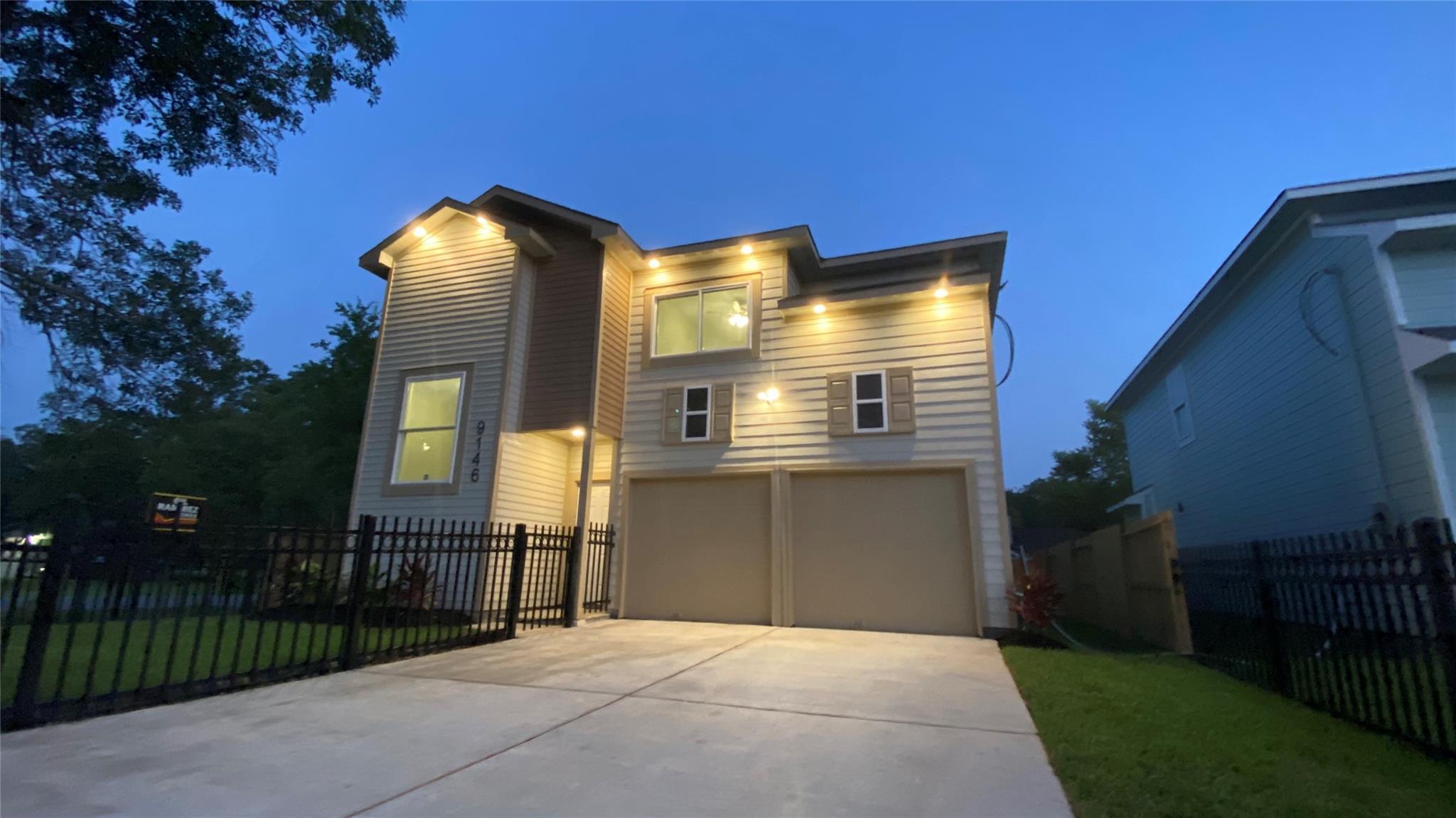 9146 Freeland Property Photo - Houston, TX real estate listing