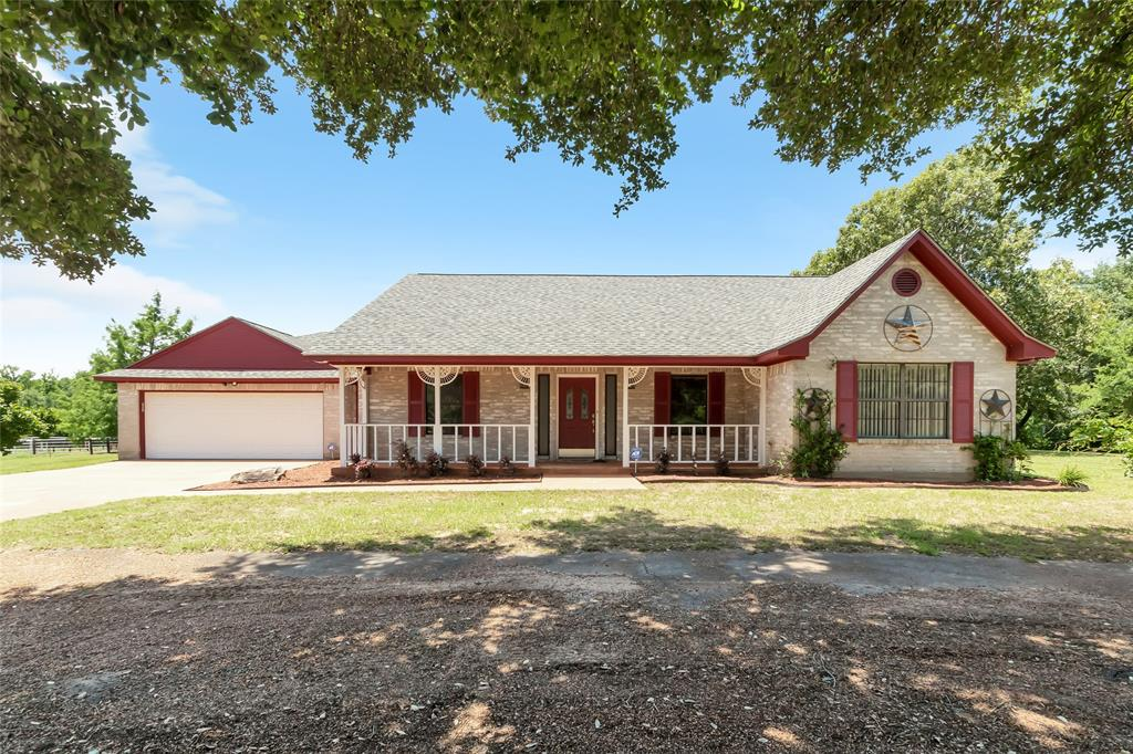 960 N Leona Boulevard Property Photo - Leona, TX real estate listing