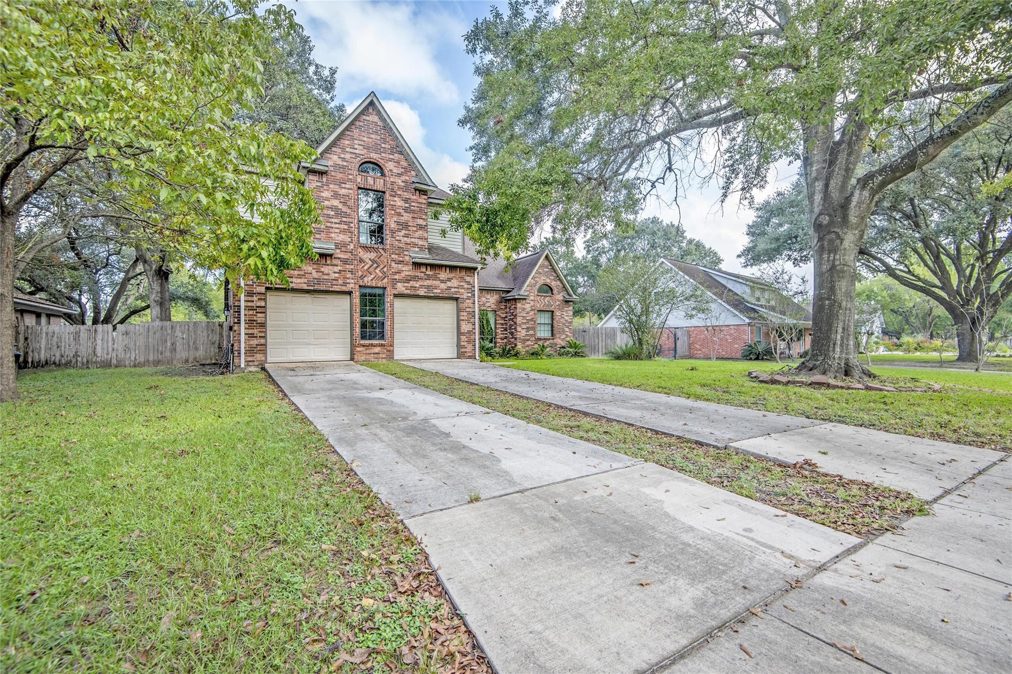 15810 Juneau Lane Property Photo - Jersey Village, TX real estate listing