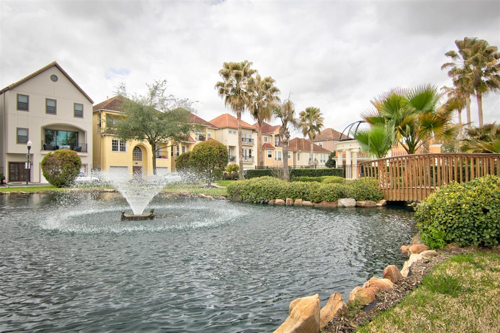 7138 Laguna Villas Property Photo - Houston, TX real estate listing