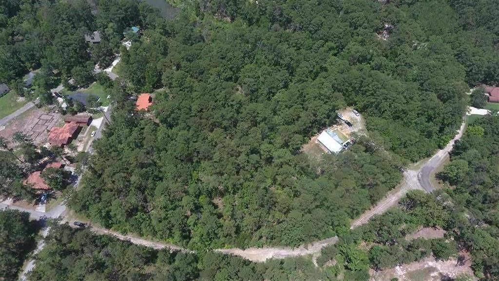 Tract 16 Brentwood Property Photo