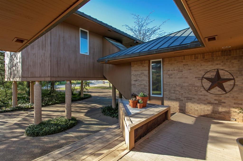 2421 E Briargate Drive, Bryan, TX 77802 - Bryan, TX real estate listing