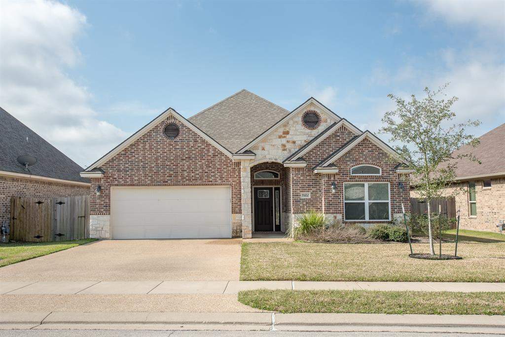 15602 Shady Brook Lane Property Photo - College Station, TX real estate listing