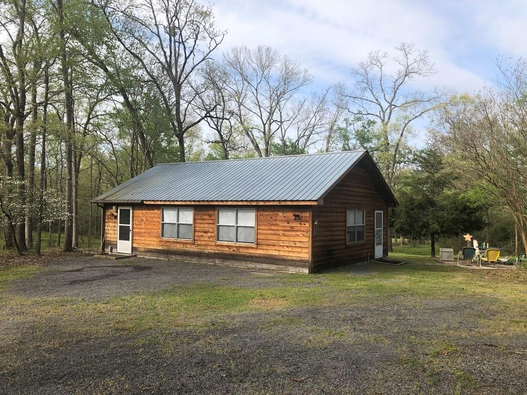 3551 County Road 395 Property Photo - Buffalo, TX real estate listing