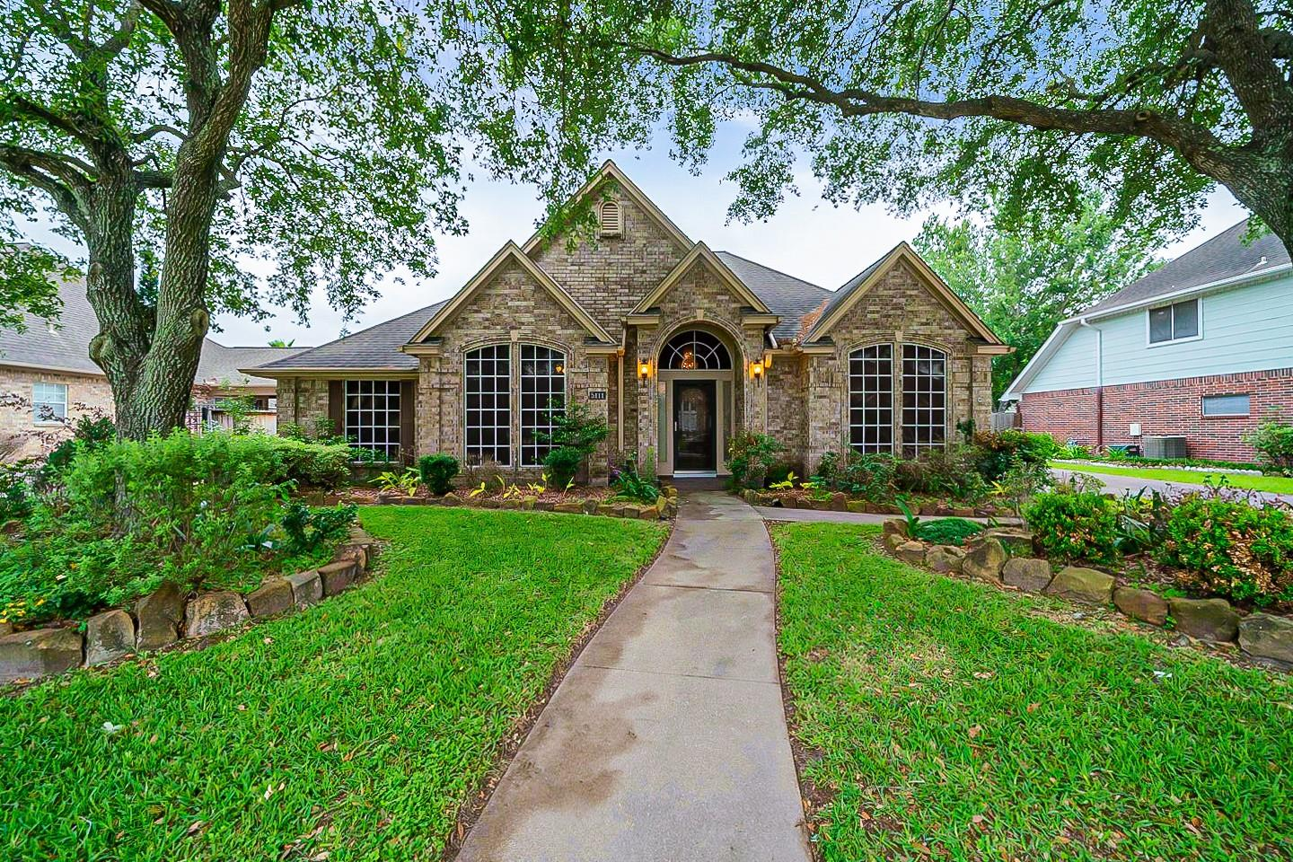 5111 Turnberry Court Property Photo
