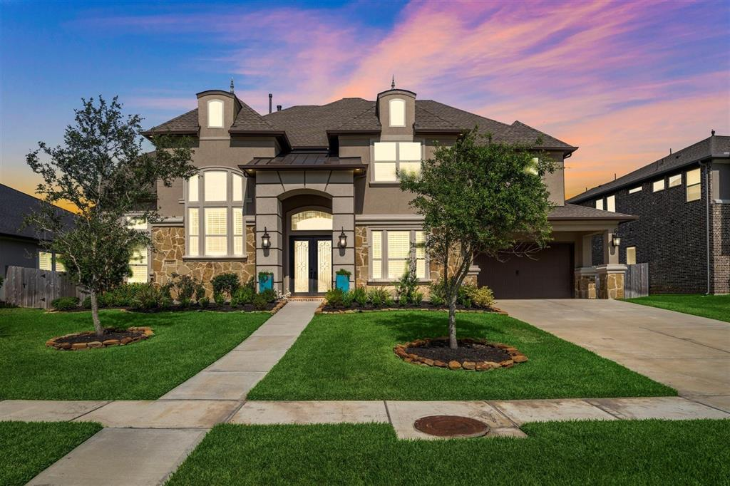 2220 Pleasant Hill Drive Property Photo - Friendswood, TX real estate listing