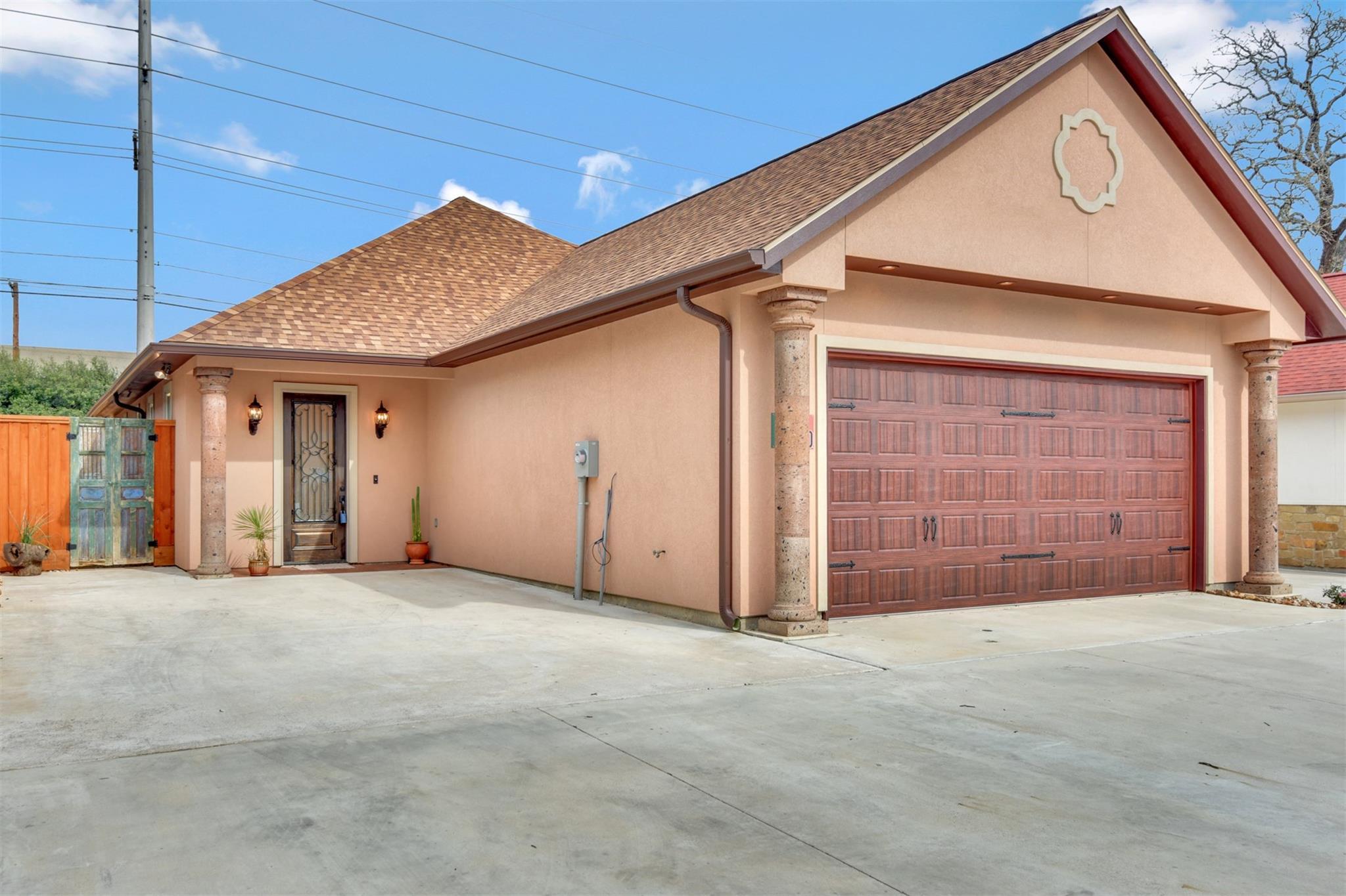 4110 S Texas Avenue Property Photo - Bryan, TX real estate listing