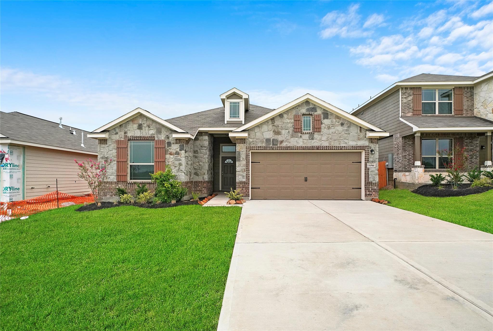 1023 Brahma Circle Property Photo - East Bernard, TX real estate listing