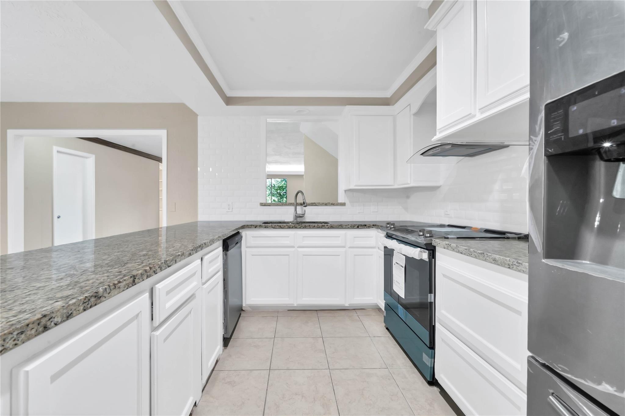2202 Basket Street Property Photo - Pasadena, TX real estate listing