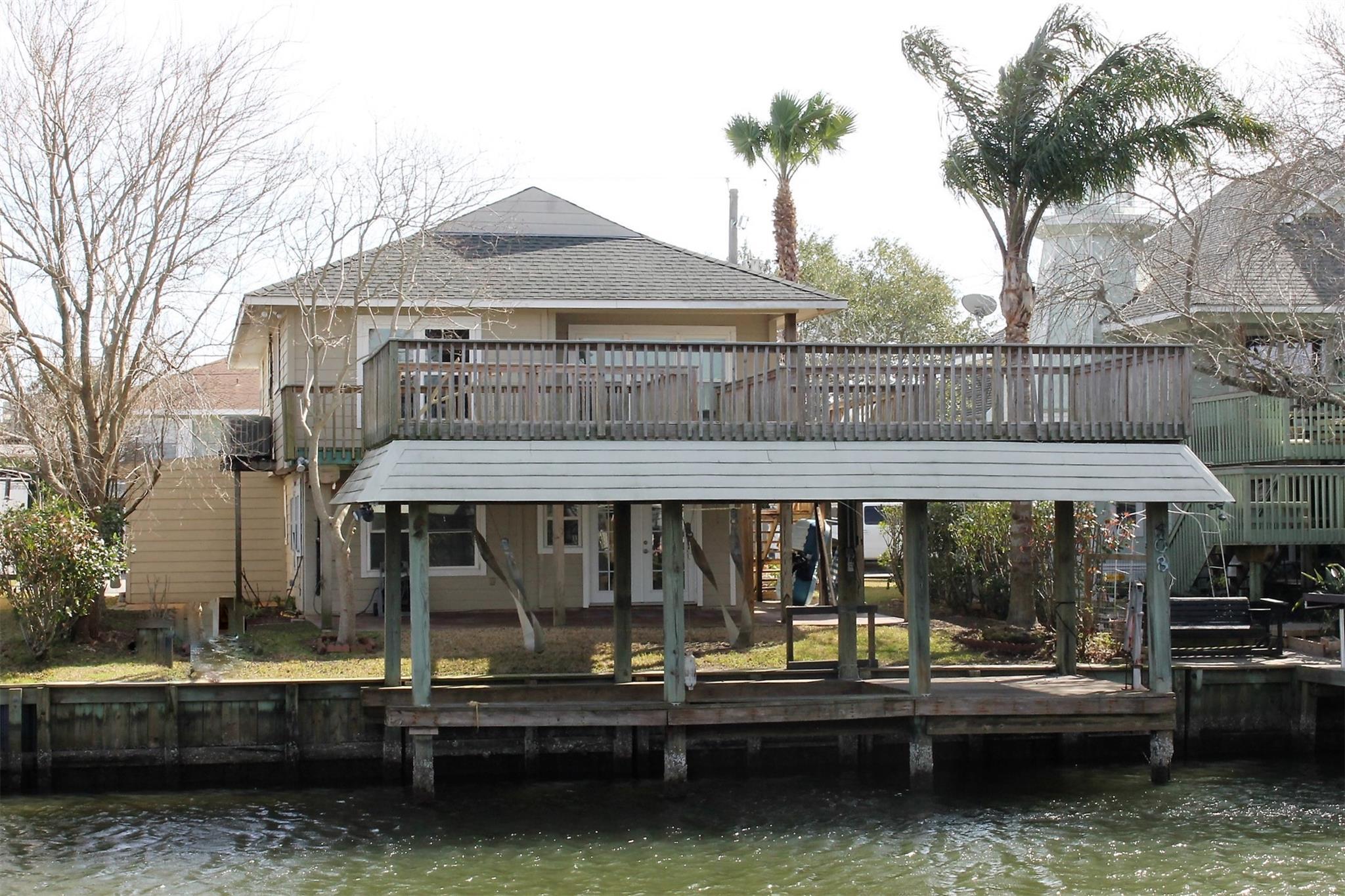 608 Warsaw Street Property Photo - Bayou Vista, TX real estate listing