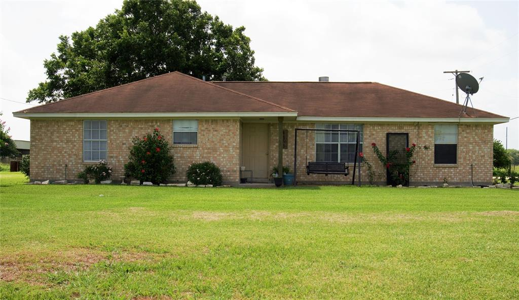 4163 Fm 1862 Property Photo - Blessing, TX real estate listing