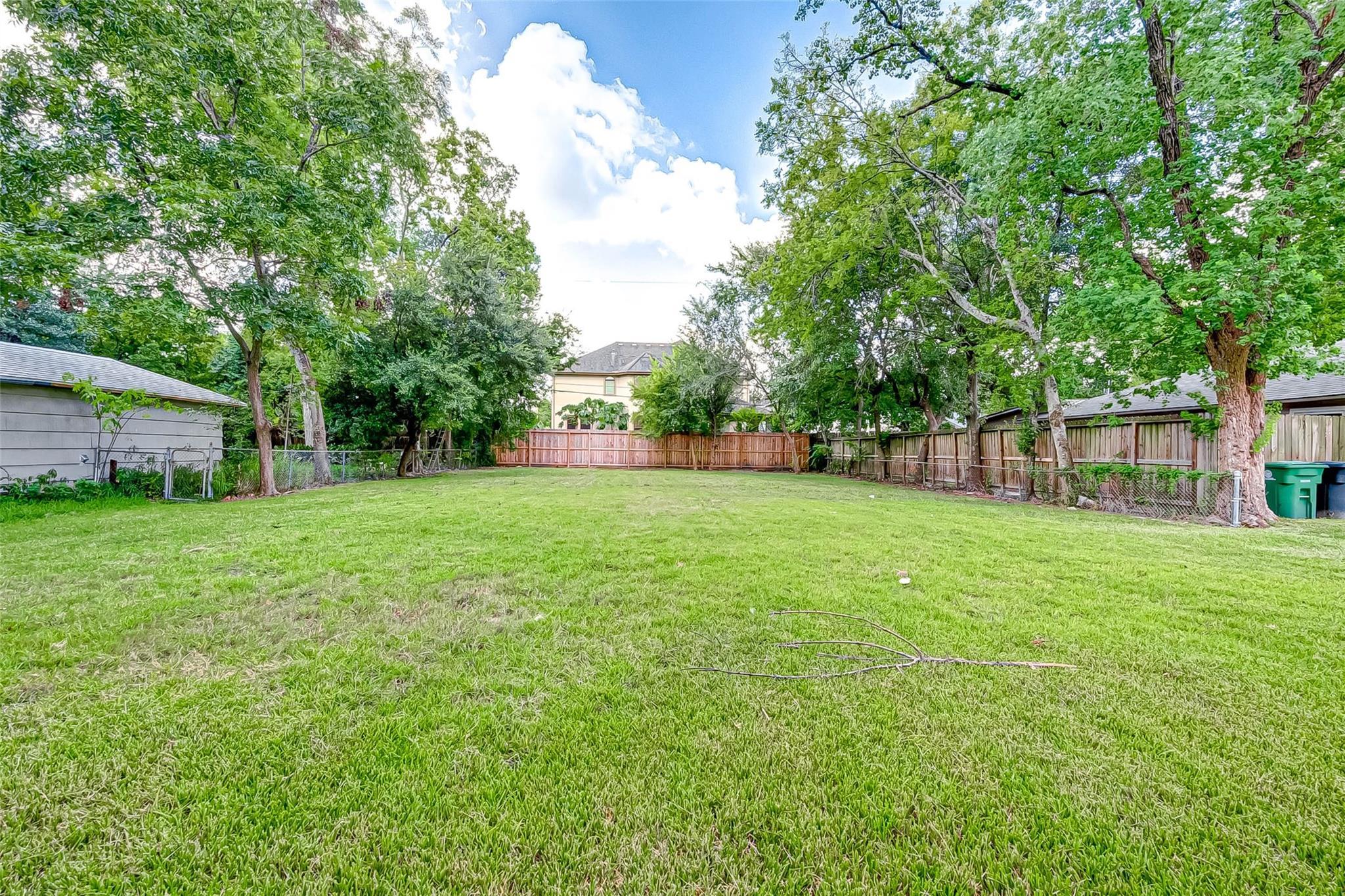 5409 N Jessamine Street Property Photo