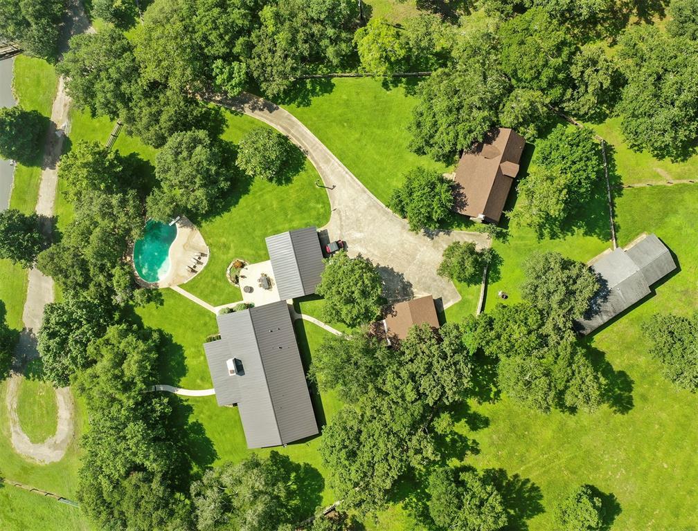 9850 St Hwy 97 E, Waelder, TX 78959 - Waelder, TX real estate listing