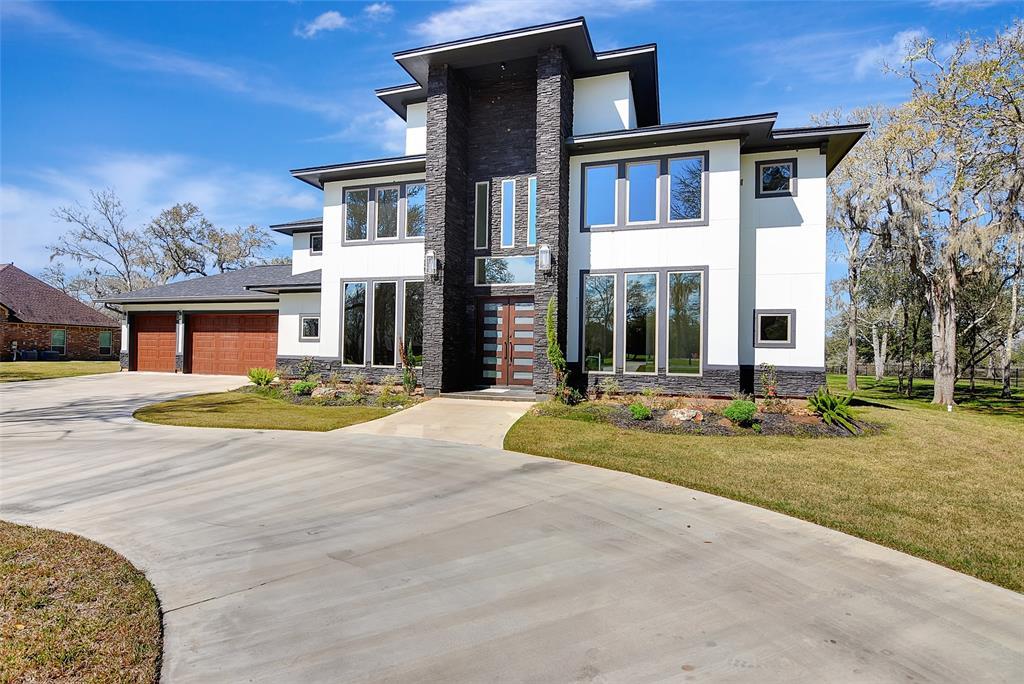 31734 Bayou Bend Property Photo - Richwood, TX real estate listing