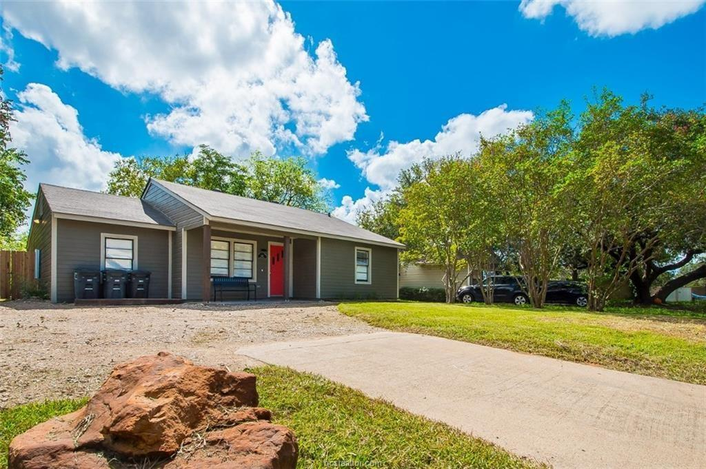 102,Moss,Street Property Photo - College Station, TX real estate listing