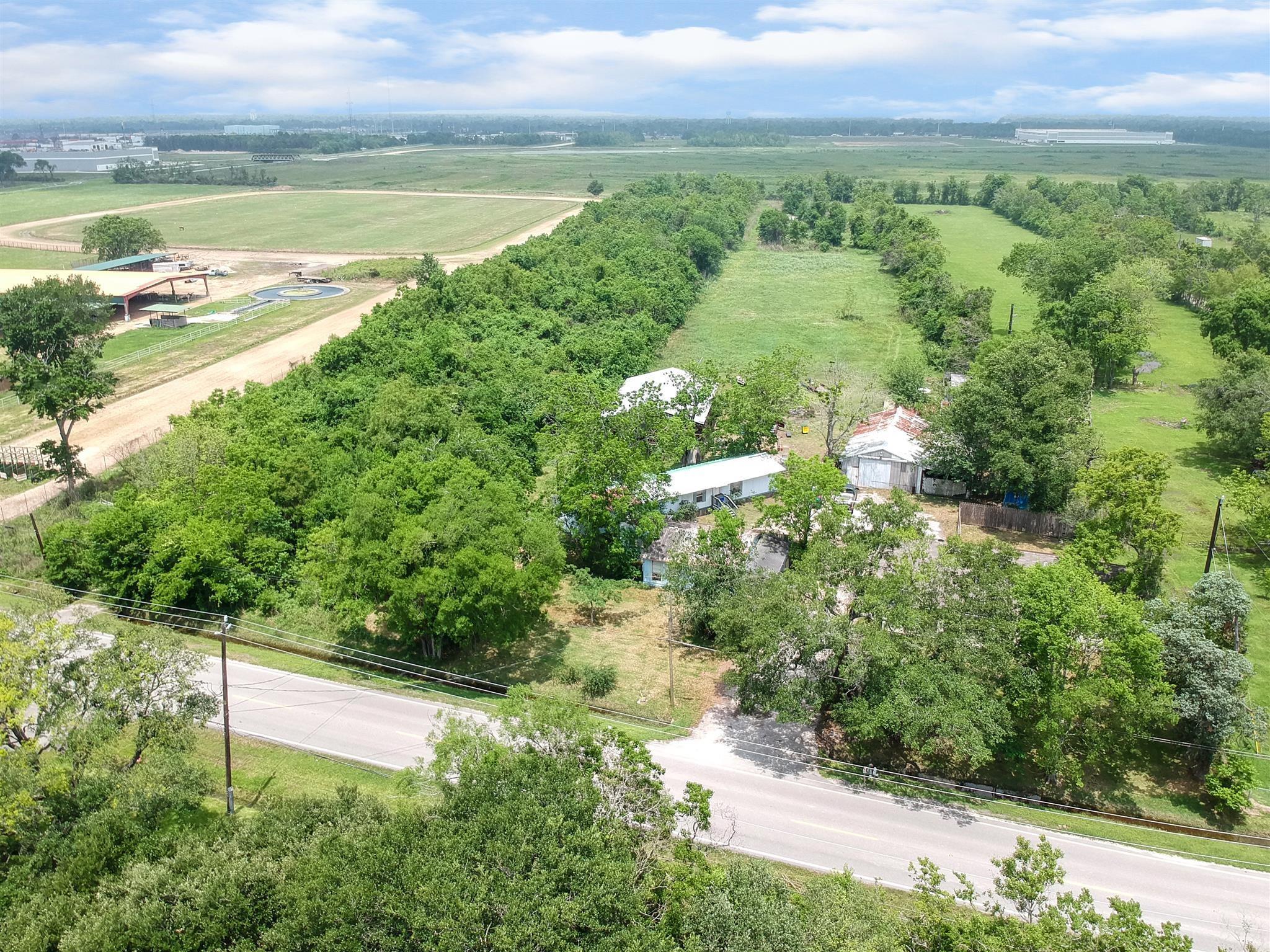 5322 W Cedar Bayou Lynchburg Road Property Photo 1
