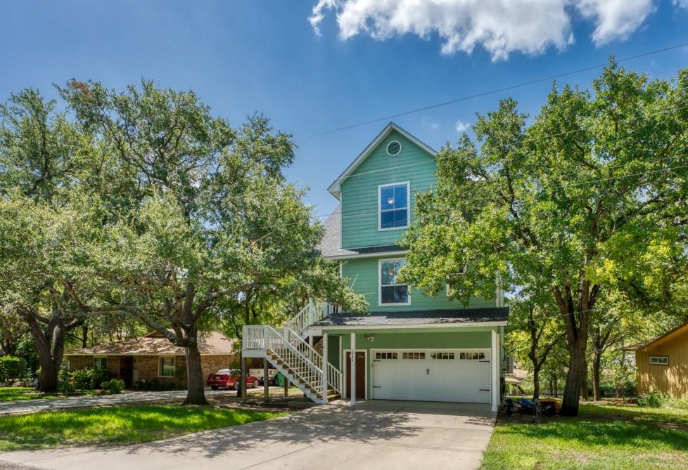 1943 Glencove Drive Property Photo - Kingsland, TX real estate listing