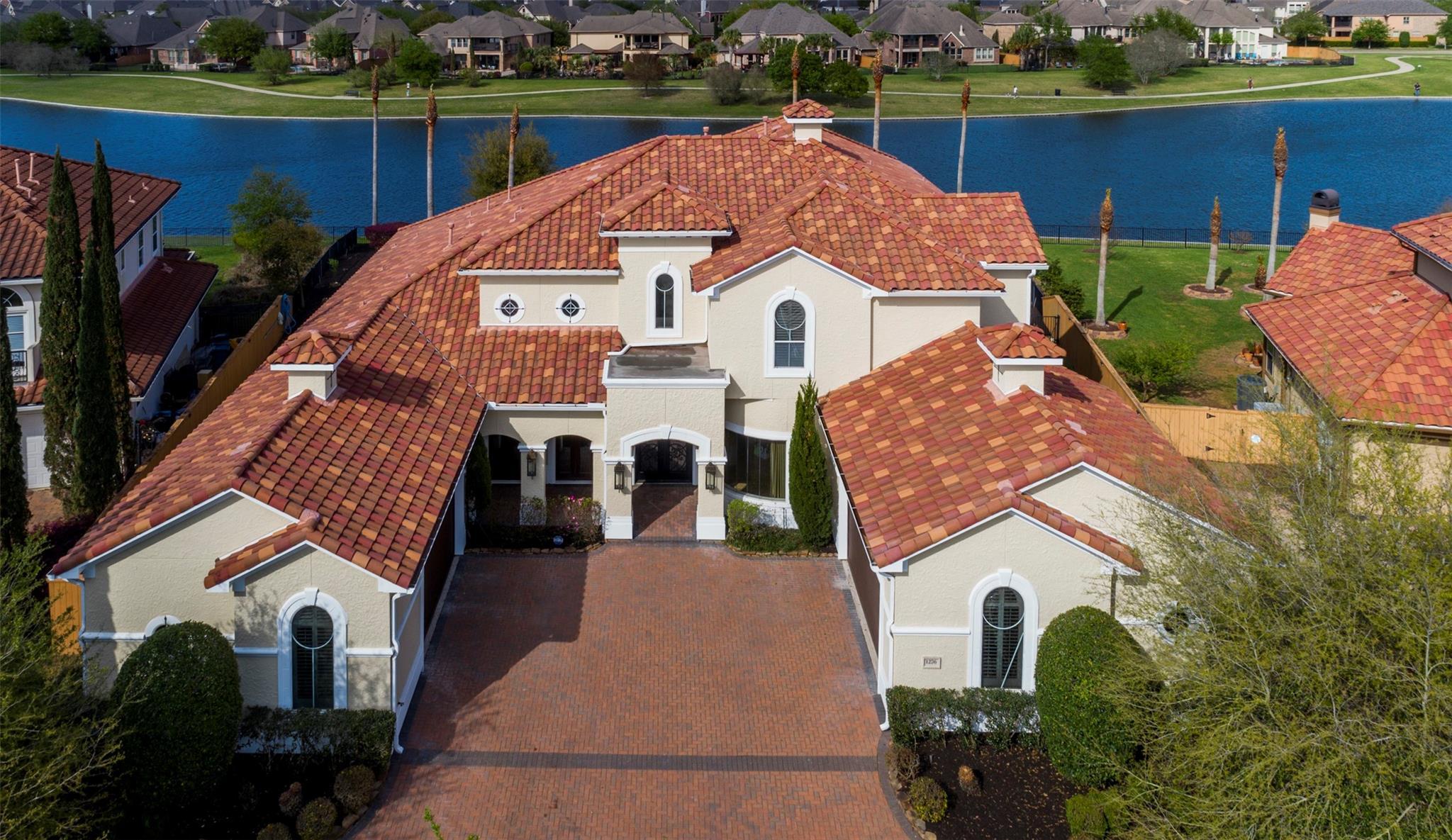 1276 Bella Luna Lane Property Photo - League City, TX real estate listing