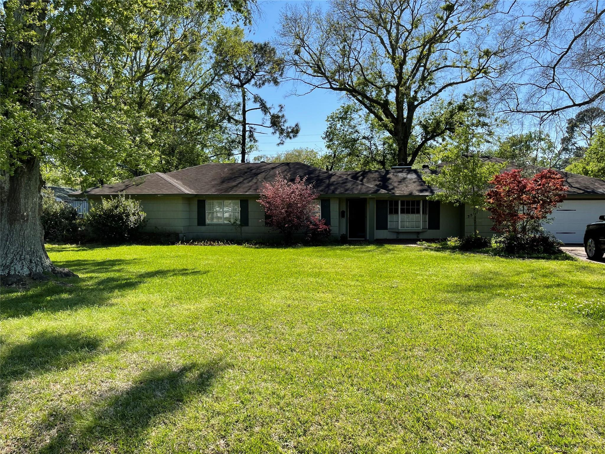 3501 Graves Avenue Property Photo - Groves, TX real estate listing